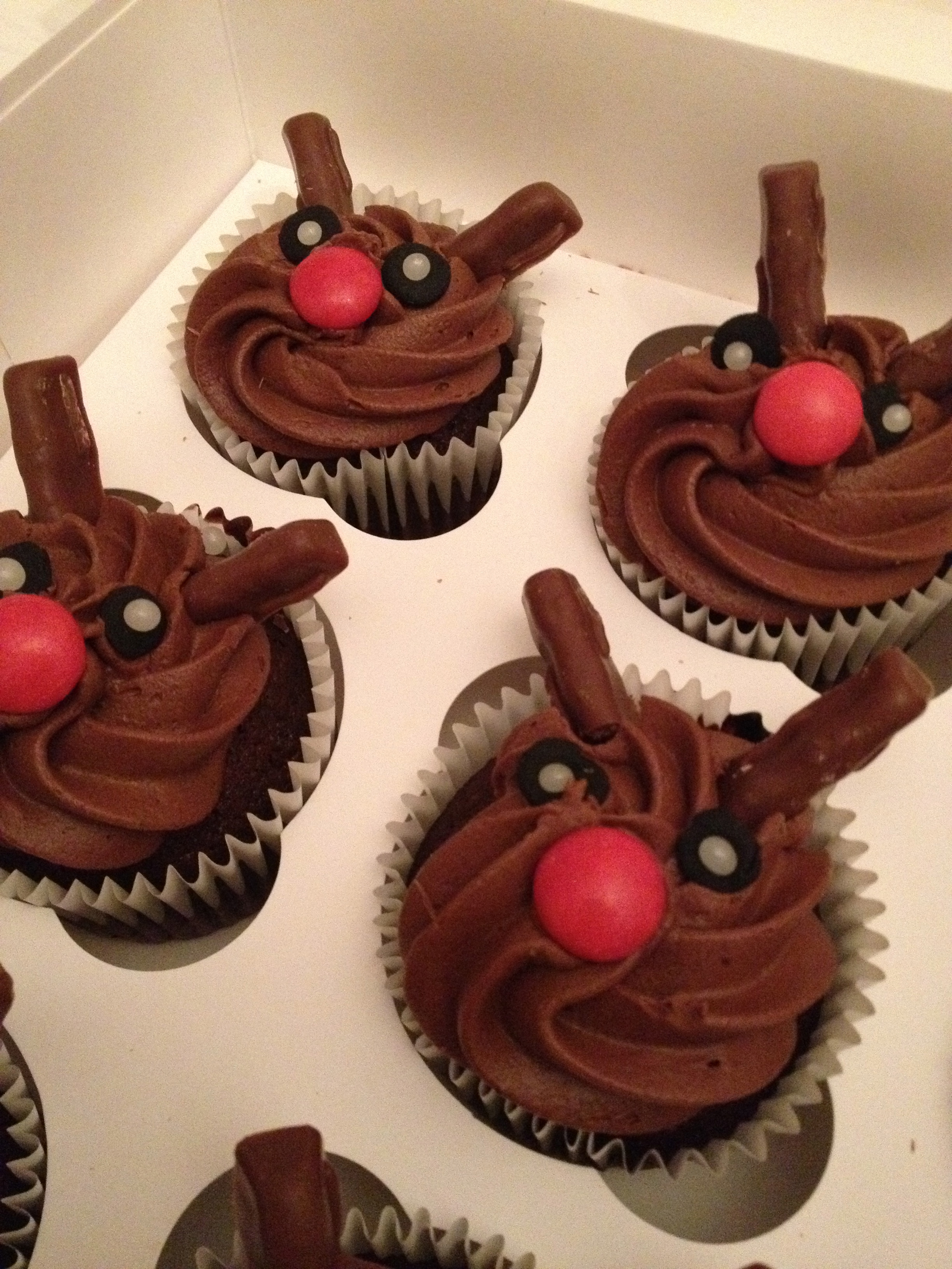 Chocolate Rudolph The Reindeer Cupcakes Make Bake Amp Sew