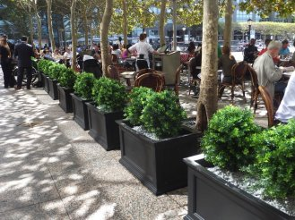 makebeleaves uv boxwood artifical plantings