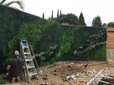 Hampton Inn, Vallejo - UV Green Walls