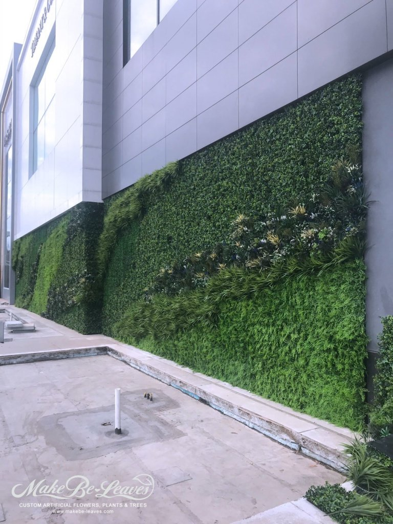 Phipps Plaza artificial green wall
