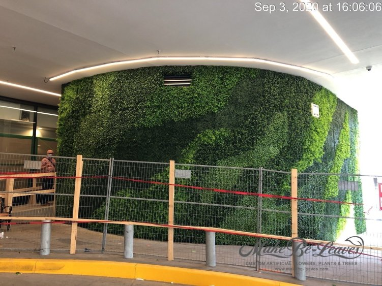 UV artificial curved green wall