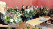 Ta Da! Chrsitmas wreaths courtesy of the Make Do Crafts wreath workshop