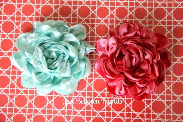 How to Make 30  Patterned Handmade Fabric Flowers  Step by Step DIY satin flower tutorial 14