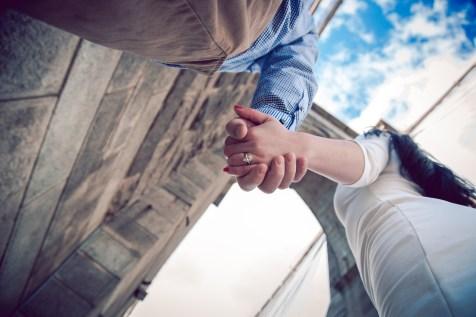 Brooklyn_Bridge_engagement_photo_02