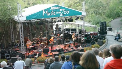Music in the Zoo, Apple Valley