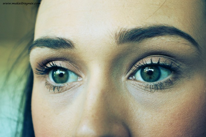 Again, Ultimate-All-In-One on the right, and Volume+Length Mascara on the left eye,