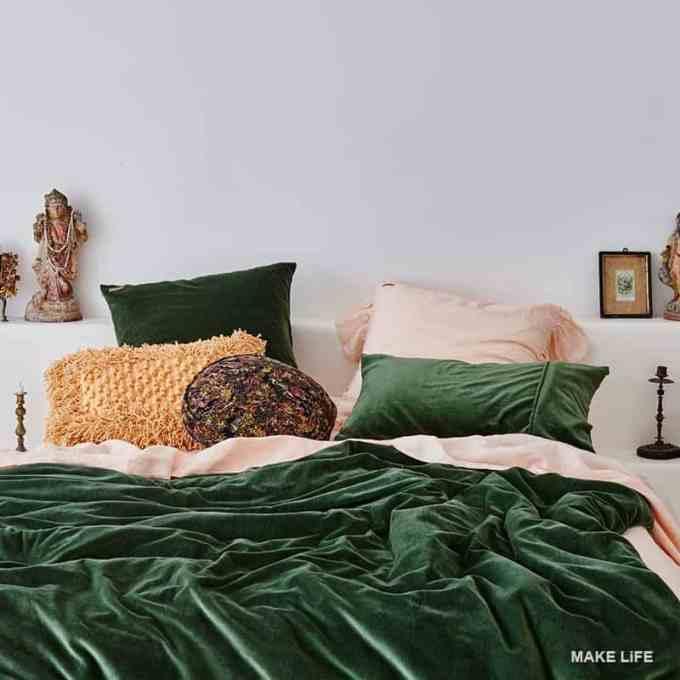 VELVET BLANKET - Έτσι θα εντάξεις το βελούδο στη διακόσμηση του σπιτιού σου