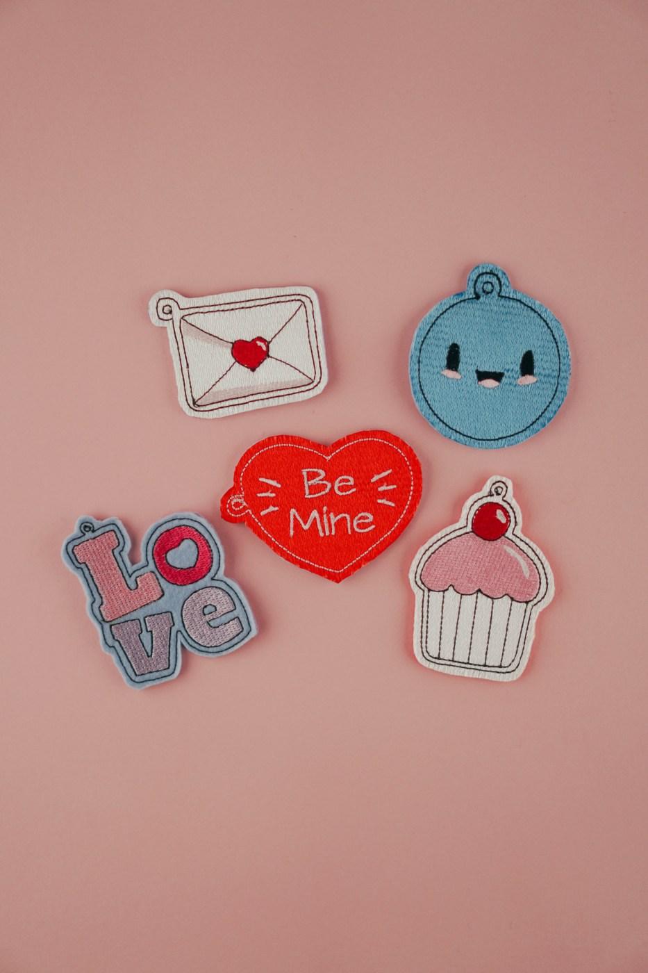 Das beinhaltet das Set: Valentinstag Motive zum Sticken
