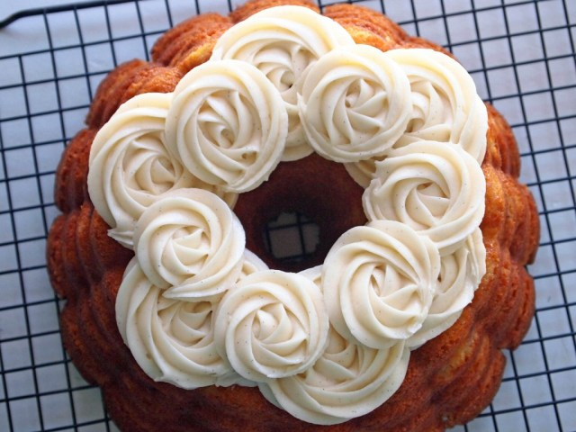 Hummingbird Bundt Cake with Vanilla Bean Cream Cheese Frosting1