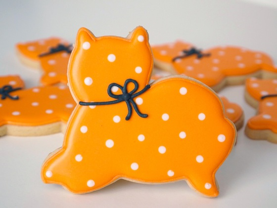 Purrfectly Simple Halloween Cat Cookies