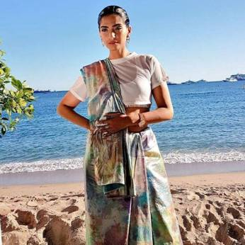 Sonam Kapoor Indian saree style For Her First Appearance At The Cannes 2017