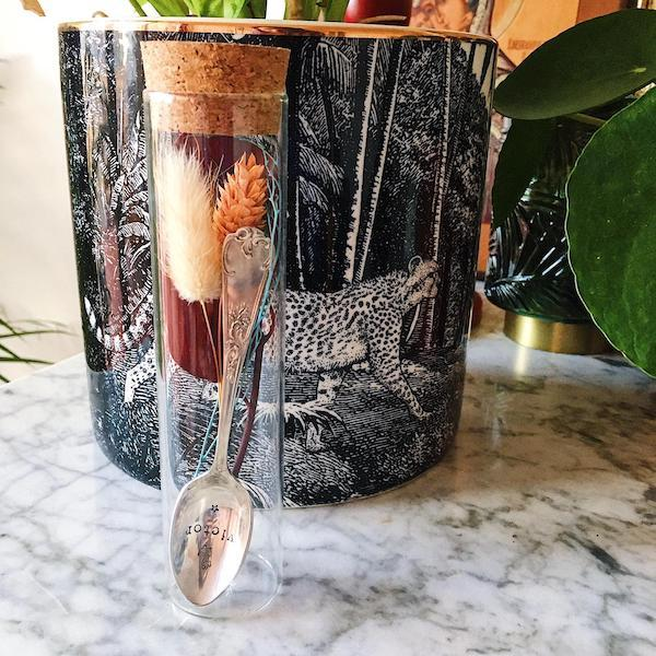 Tube Cuillère à café personnalisable avec bouquet de fleurs