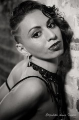 Model: Jewelz Gallo