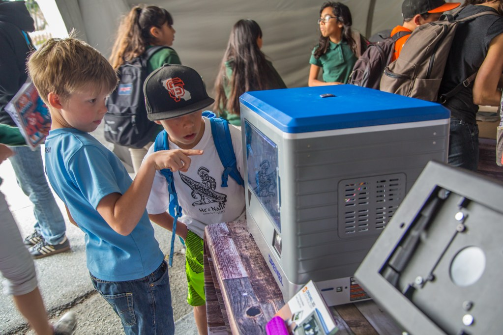 How does a 3D printer really work? Friday @ Maker Faire lets kids get up close.