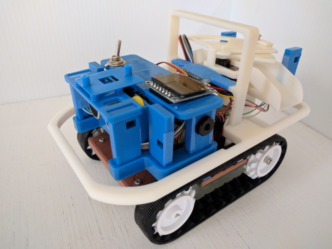 Maker Faire | Compact bot with Customizable PCB and STM32
