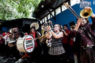 2012 zombie marching band