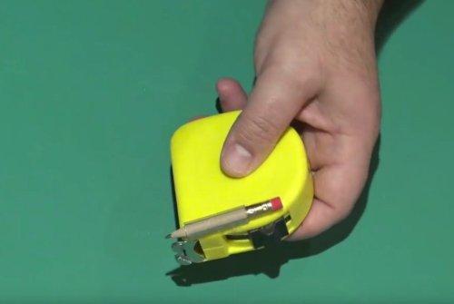 Fixit Sammo's measuring tape pencil hack