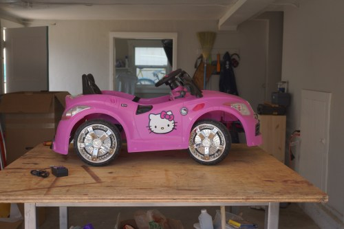 Hello Kitty ride-on car before hacking.