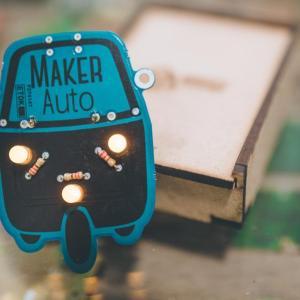 Maker Auto DIY Blinky Badge