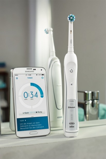 Oral-B-White-Pro-7000-SmartSeries-Test
