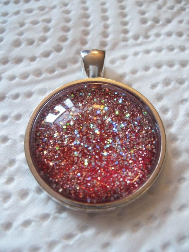merlot red glitter necklace