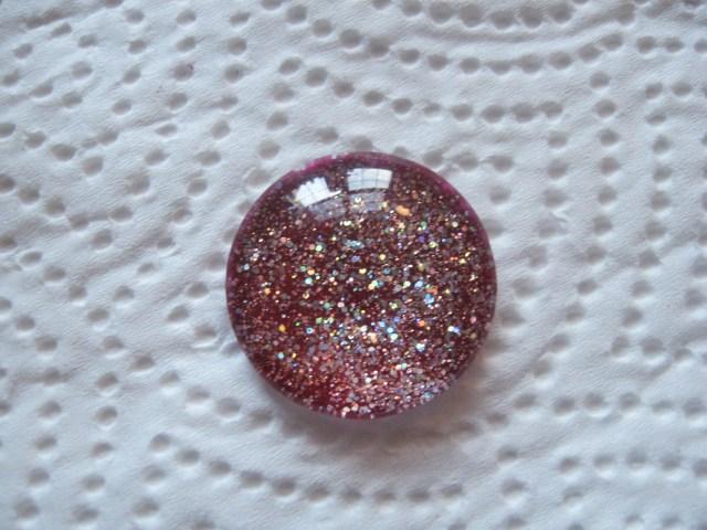 merlot glitter pendant