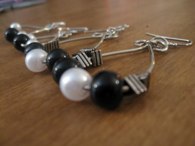 DIY Wire Hoop Earrings