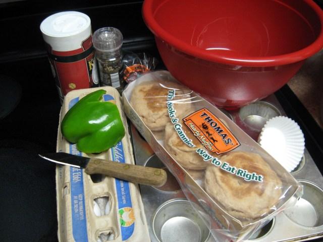 DIY breakfast sandwich materials