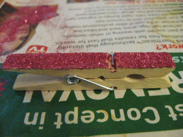 glitter clothespin