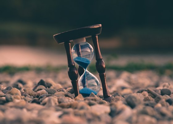 Time, aron-visuals-322314-unsplash