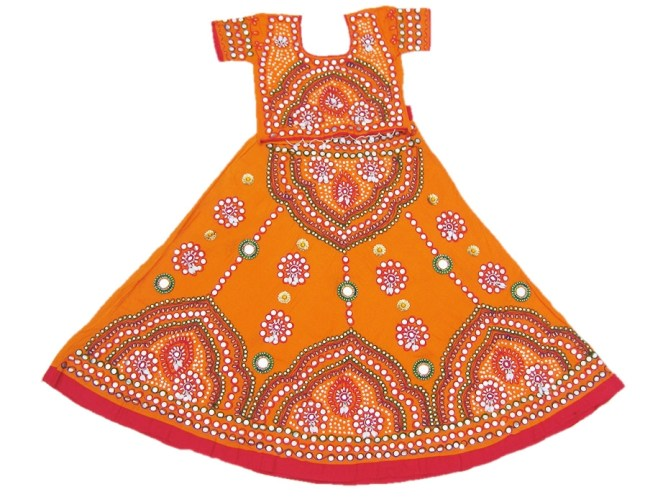 9 Colors Dress to Wear in Navratri 2014