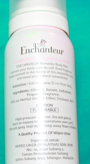 Enchanteur Romantic Body Mist caresses your body with its floral fragrance. Wrap yourself in the luxury of this irresistible scent with a lingering fragrance that exudes exquisite charm.