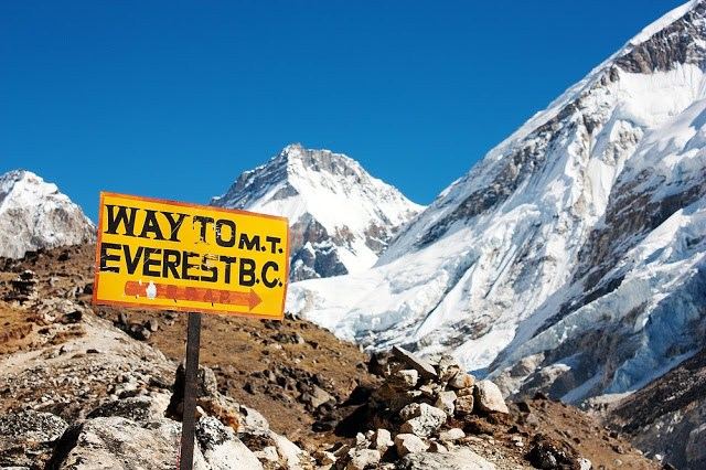 BEST MOUNTAIN TREKKING PLACES IN INDIA