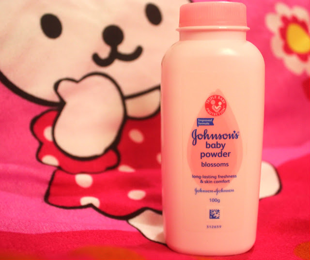 JOHNSON'S BABY POWDER BLOSSOMS WITH FLORAL FRAGRANCE: QUICK REVIEW