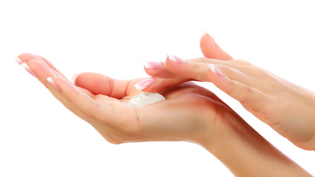 5 WAY TO KEEP YOUR HANDS SOFT