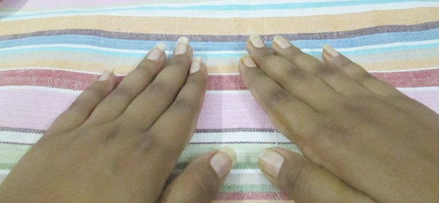 French-Manicure-Before