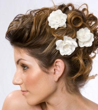 Flower-Decoration-Hair