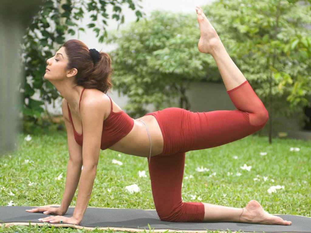 Makeupandbreakup_India-Yoga