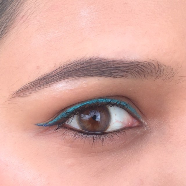 Nykaa Glamoreyes eye pencil