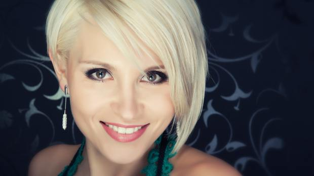 attractive-beauty-blond-301290