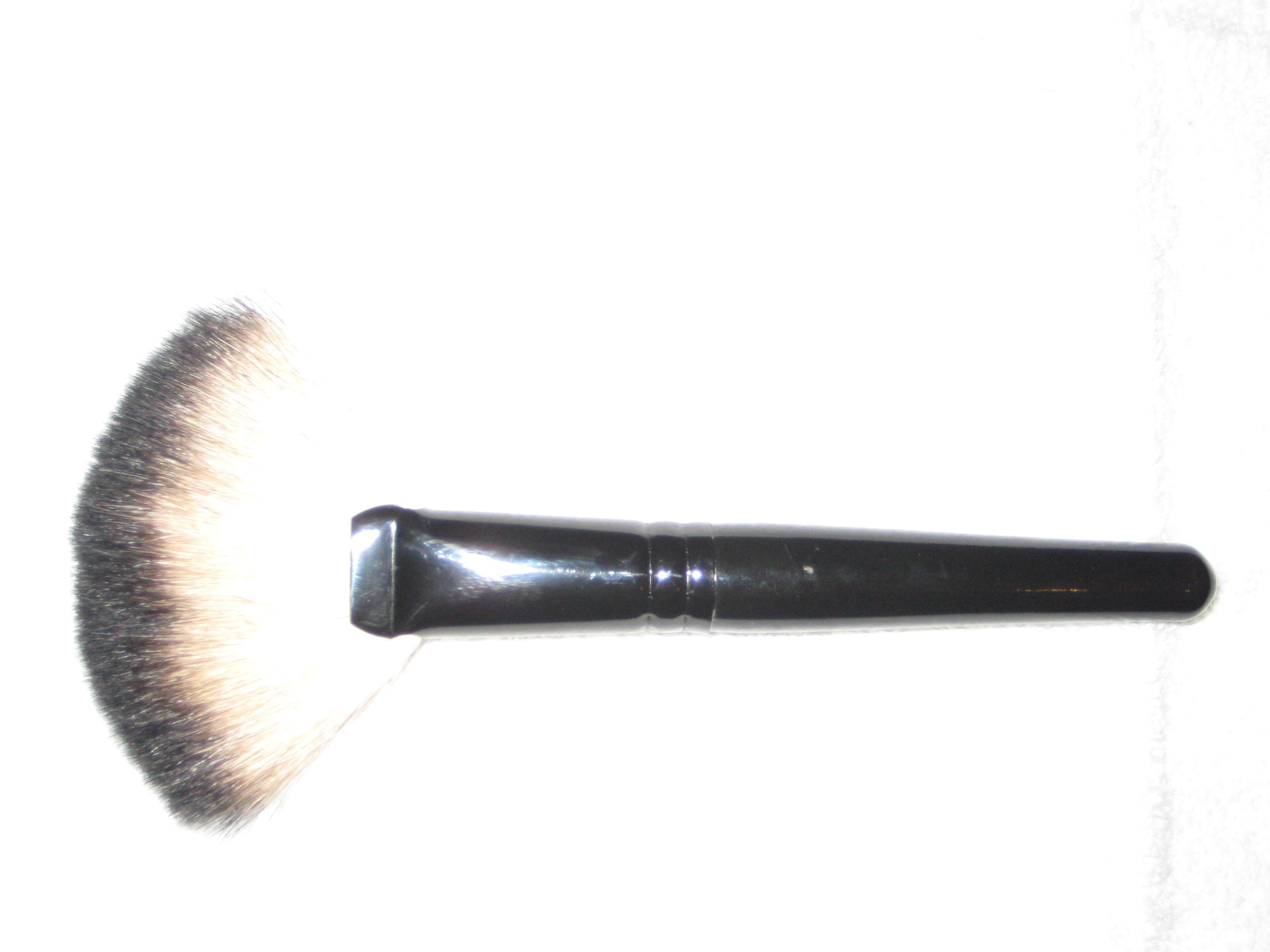 Eye Shader/Concealer Brush by youngblood #9
