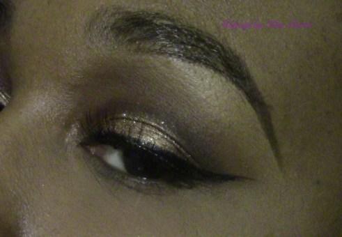 Festive Golden Glitter New Years Eve Makeup Eye1