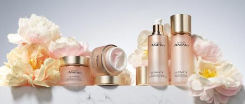Purchase any product from the Anew Isa Knox Ultimate LX skin care collection and receive a complimentary Mini Day Cream.