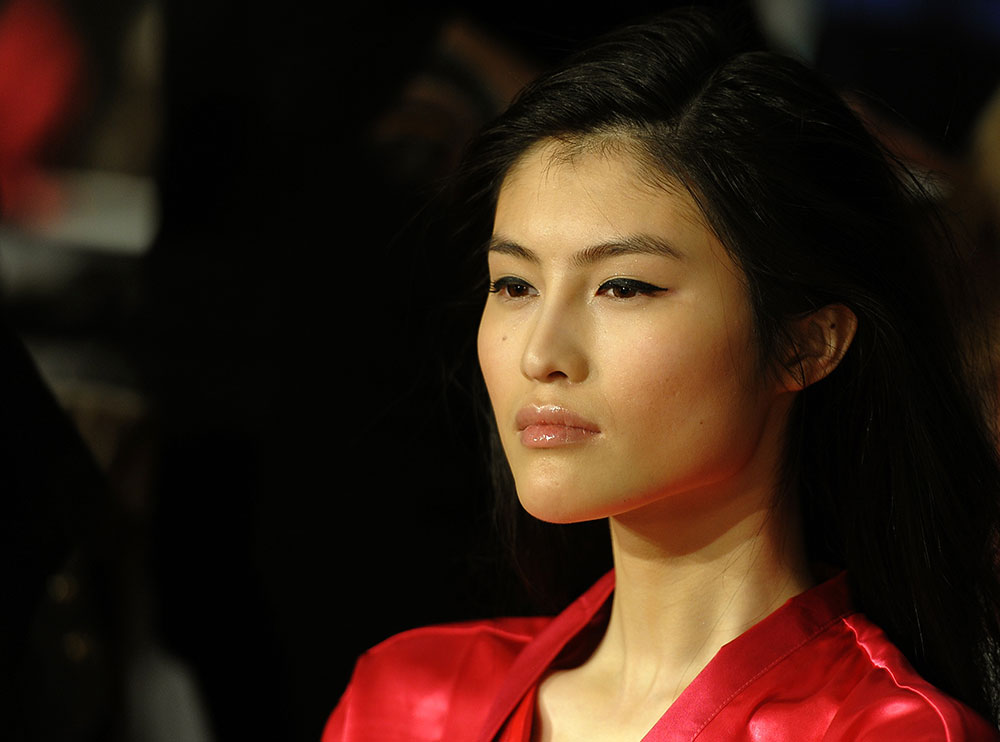 Sui He Victoria's Secret 2011 Fashion Show Backstage Makeup