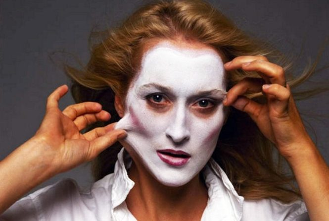 Meryl Streep Annie Leibovitz Tell Tale Signs of Plastic Surgery