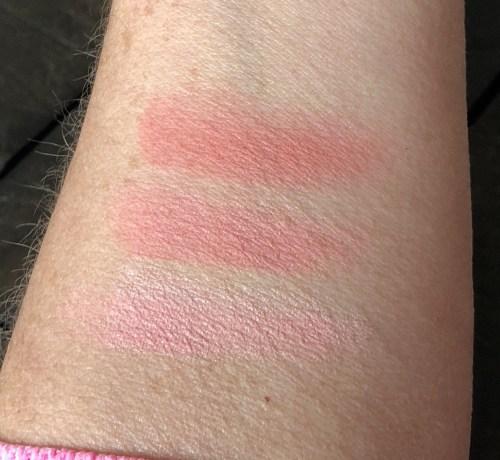 It Girl pressed powder blush swatch
