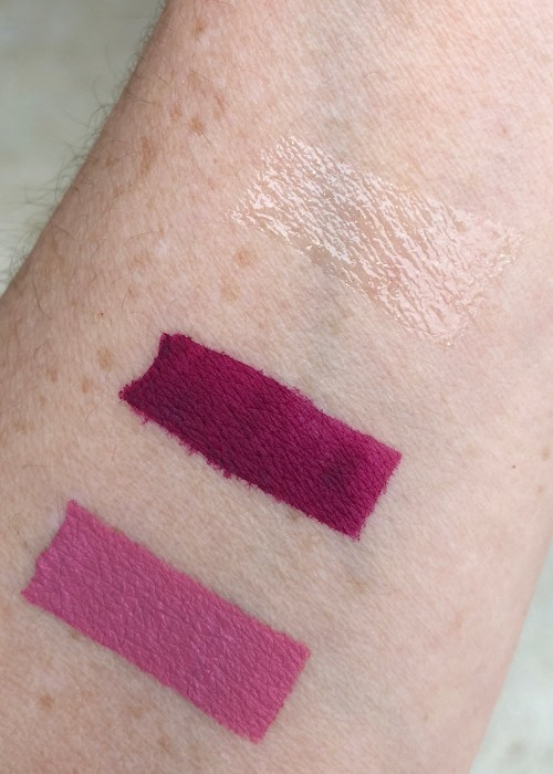 swatches of LiveGlam Sealed with a Kiss February Bag
