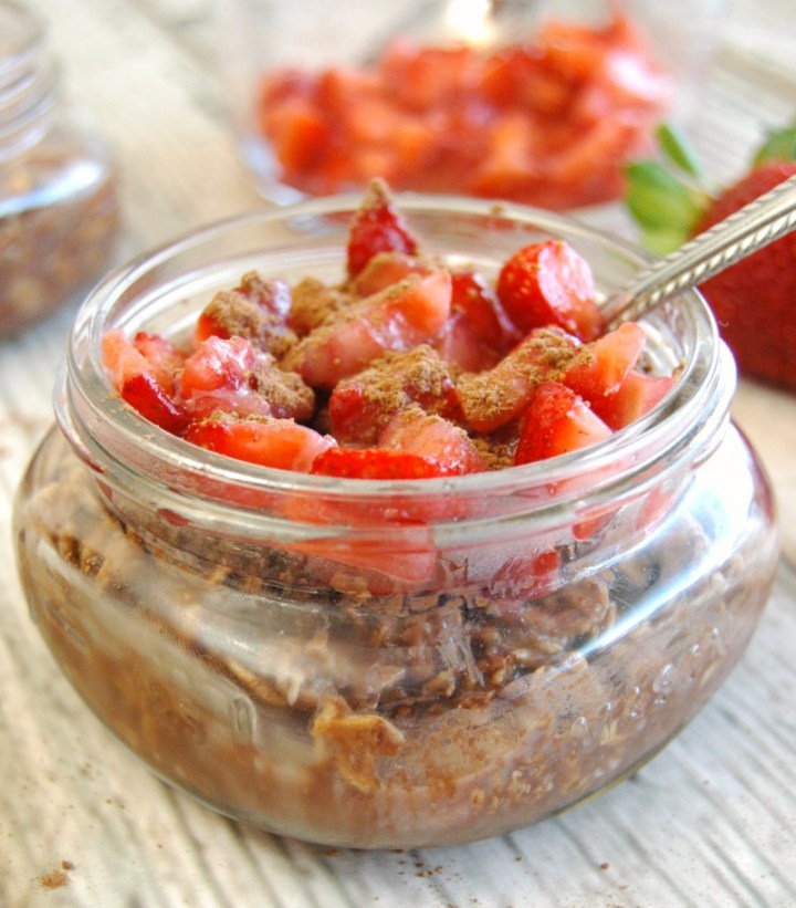 chocolate strawberry protein overnight oats