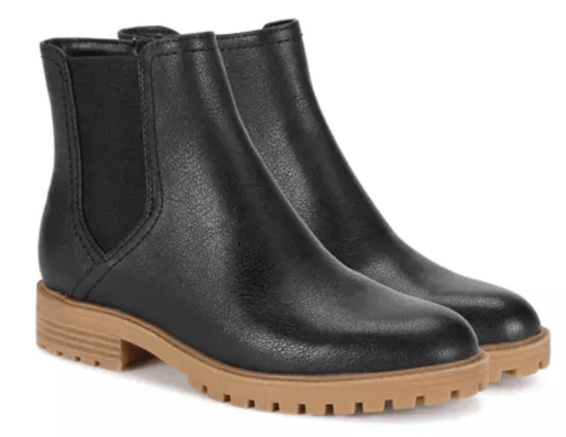 fall black faux leather boots