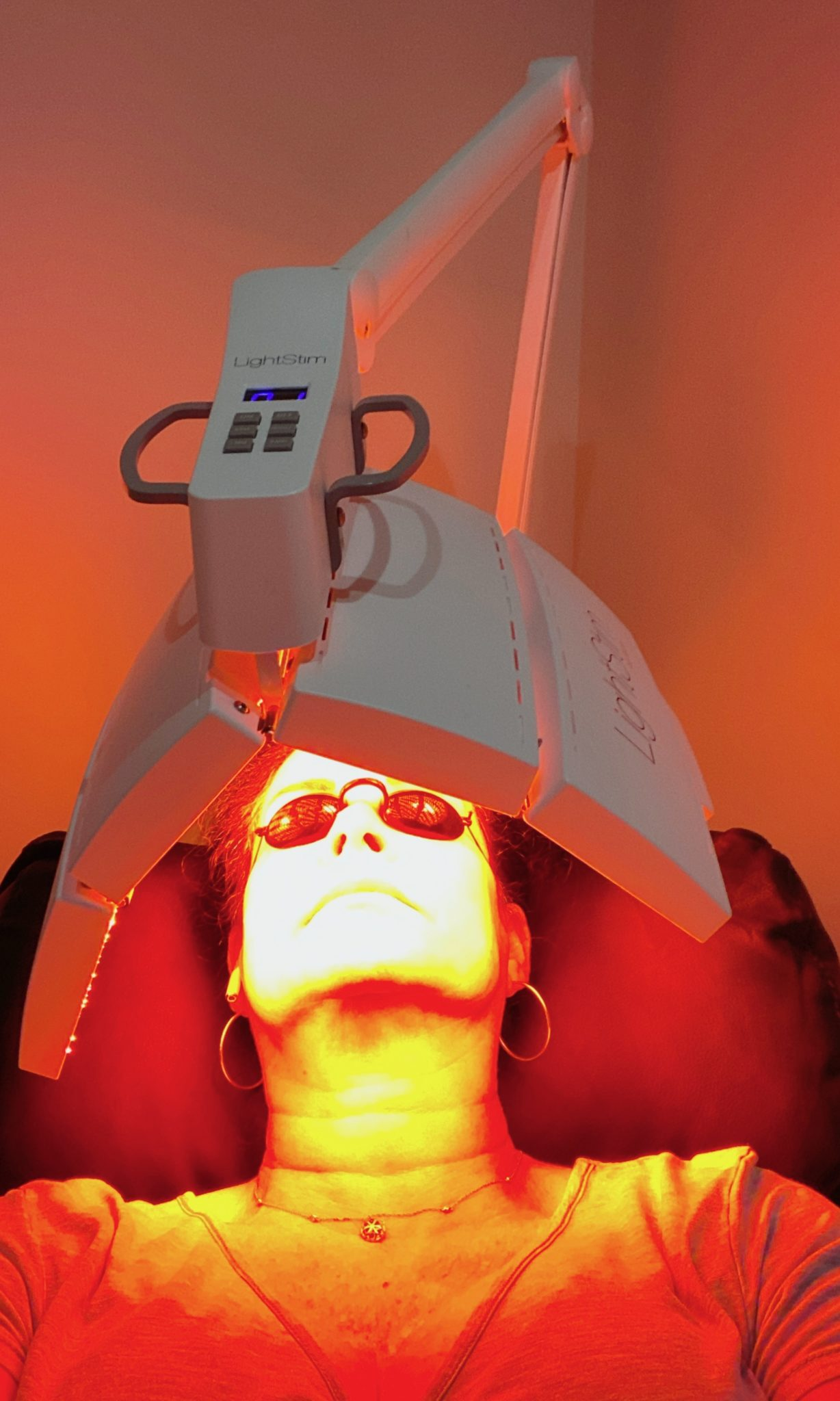 red led light for anti-aging